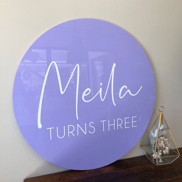 Acrylic circle and vinyl combo (Pastel)