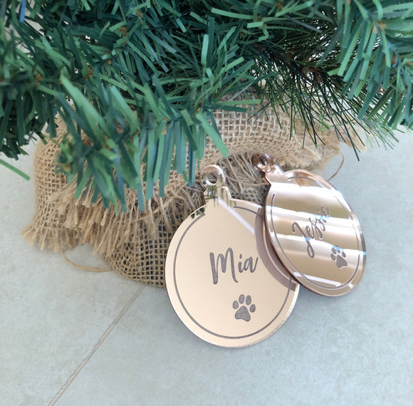 Christmas bauble (paw print)
