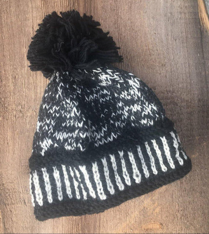 Australian Merino Wool Black & White Bobble Hat