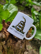 Load image into Gallery viewer, Ink Trendz® Don't Tread On Me Gadsden Serpent 11 oz. Ceramic Coffee Mug