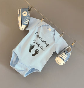 Ink Trendz® Baby Coming Soon Foot Prints Pregnancy Reveal Announcement Baby Romper Bodysuit