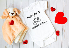 Load image into Gallery viewer, Ink Trendz® Player 3 Coming Soon... Baby announcement Infant Onesie®  Bodysuit Romper