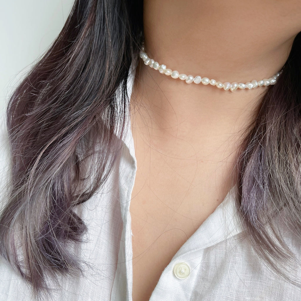 Essential All Pearl Choker