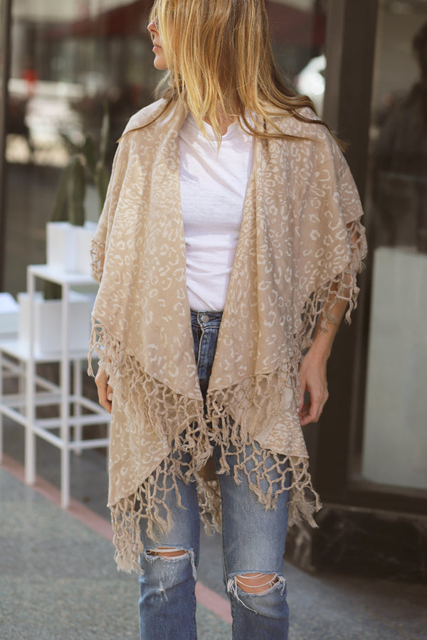 FRINGE CARDIGAN - CREAM & WHITE+