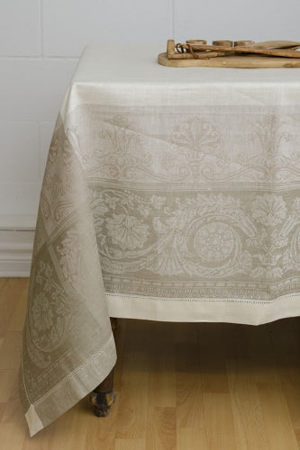 BRIGITTE CREAM TABLE LINENS