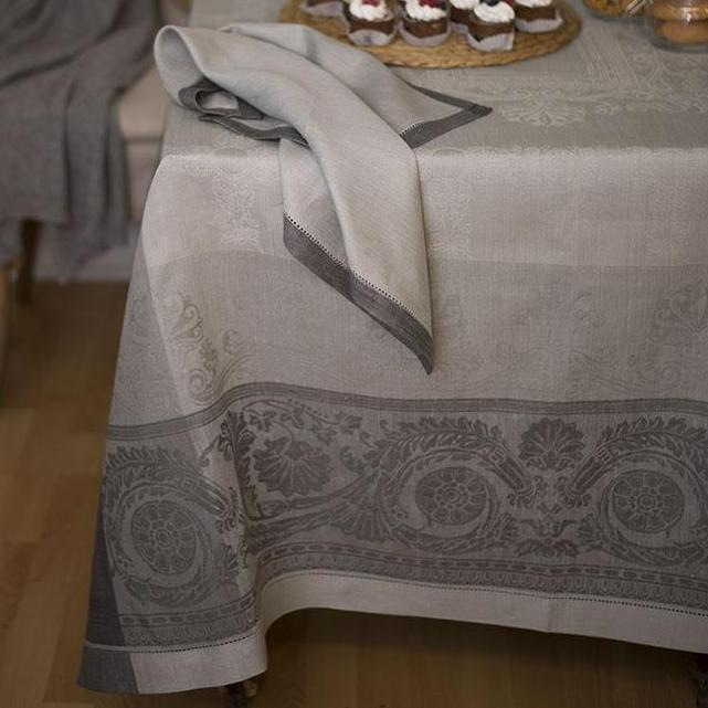 GRAMERCY TABLE LINENS