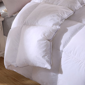 NAPLES HUNGARIAN WHITE GOOSE DOWN DUVET