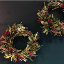 Load image into Gallery viewer, Evergreen Wreath