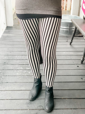 Beetlejuice Leggings - Owl Cove
