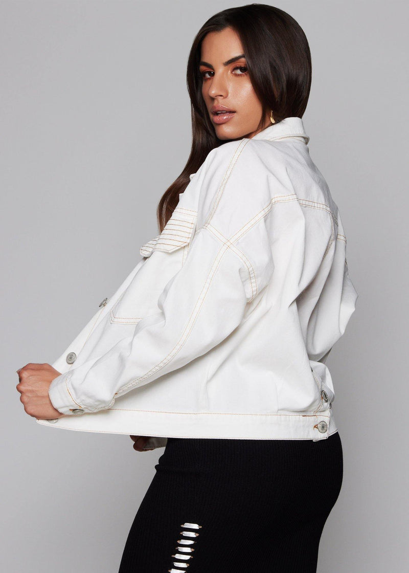 White denim jacket  Functional front buttons Details of buttons in the back Loose-fitting Stretch denim Front pocket Long sleeve denim jacket 100% cotton