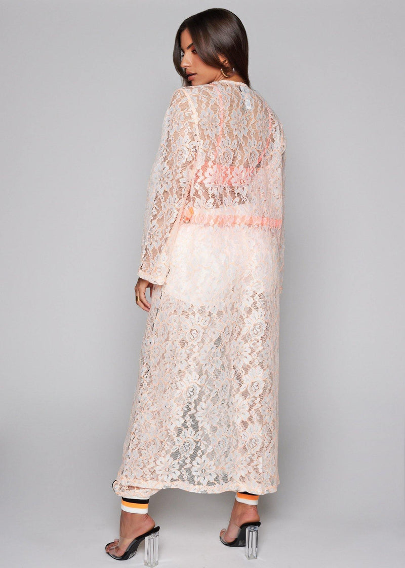 White Lace kimono Perfect to combine with your bikini Bell sleeves With an orange belt 100% Polyester