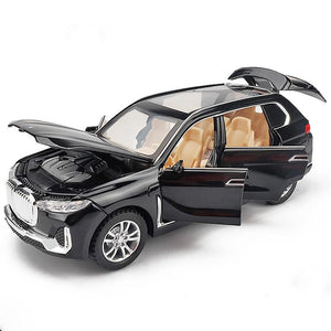 BMW X7 Model Cars | 1:32 Scale 3 Colors