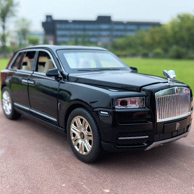 Rolls-Royce Cullinan Model Cars | 1:32 & 1:24 Scale 4 Colors