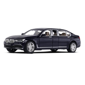 BMW 760Li 2019 Model Cars | 1:24 & 1:32 Scale 4 Colors
