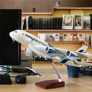Airbus A380 Model Airplane | Malaysia Airlines