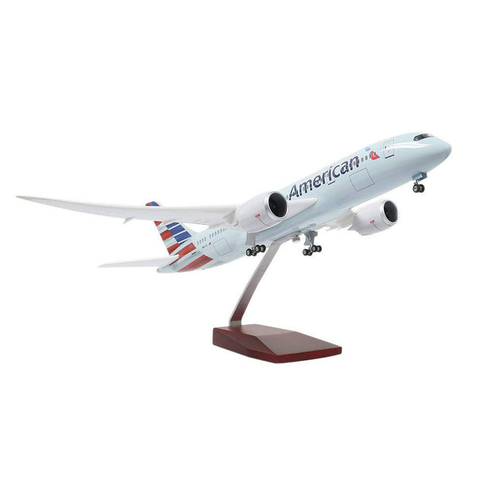 Boeing B787 1:130 Scale Model Airplane | American Airlines