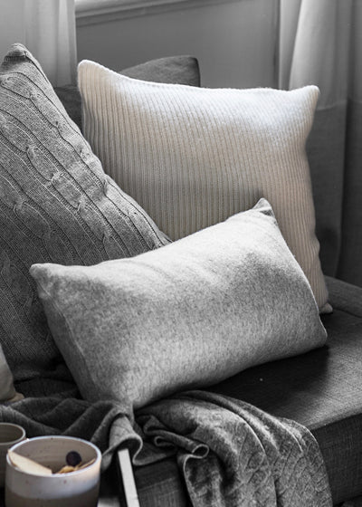 Lumbar Plain-Knit Cushion