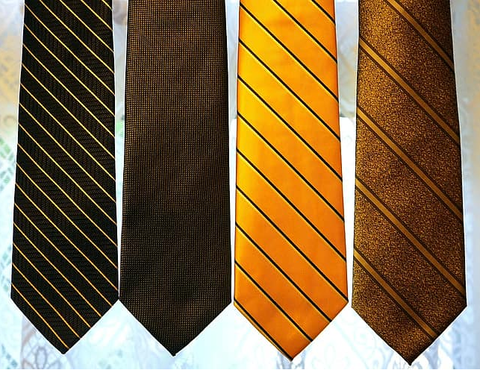 4 different striped ties