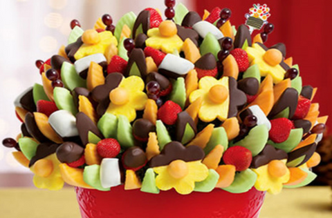 edible arrangements in red box