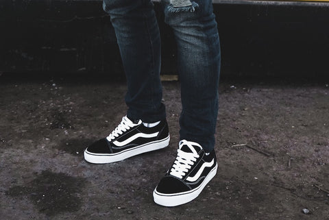 pair of vans men shoes
