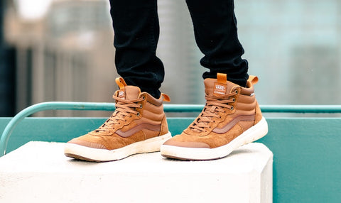 mens sneakers for summer fashion tips