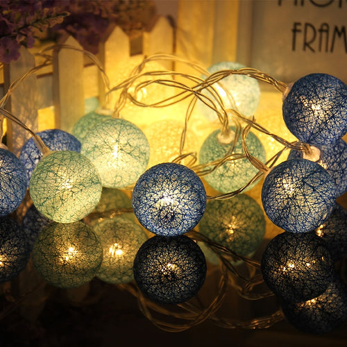 10 Globes Cotton Ball String LED Lights