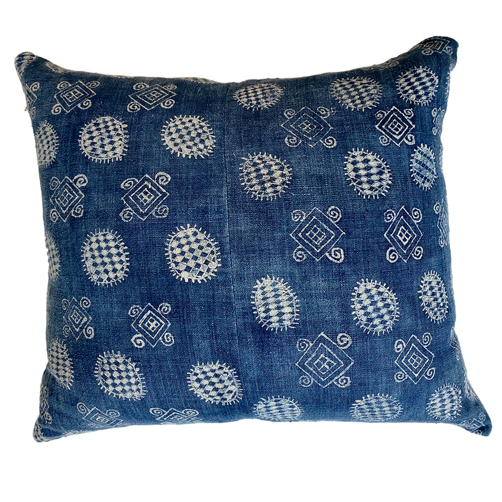 INDIGO HEMP CUSHION w/ NATURAL HEMP BACK