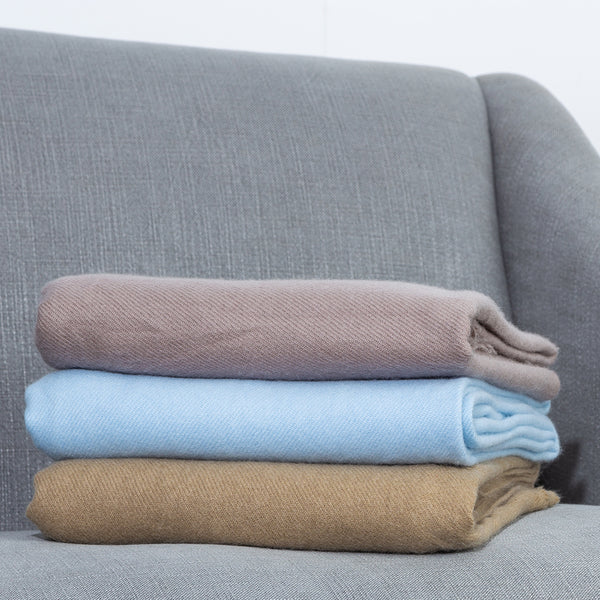 100% CASHMERE THROW RUGS