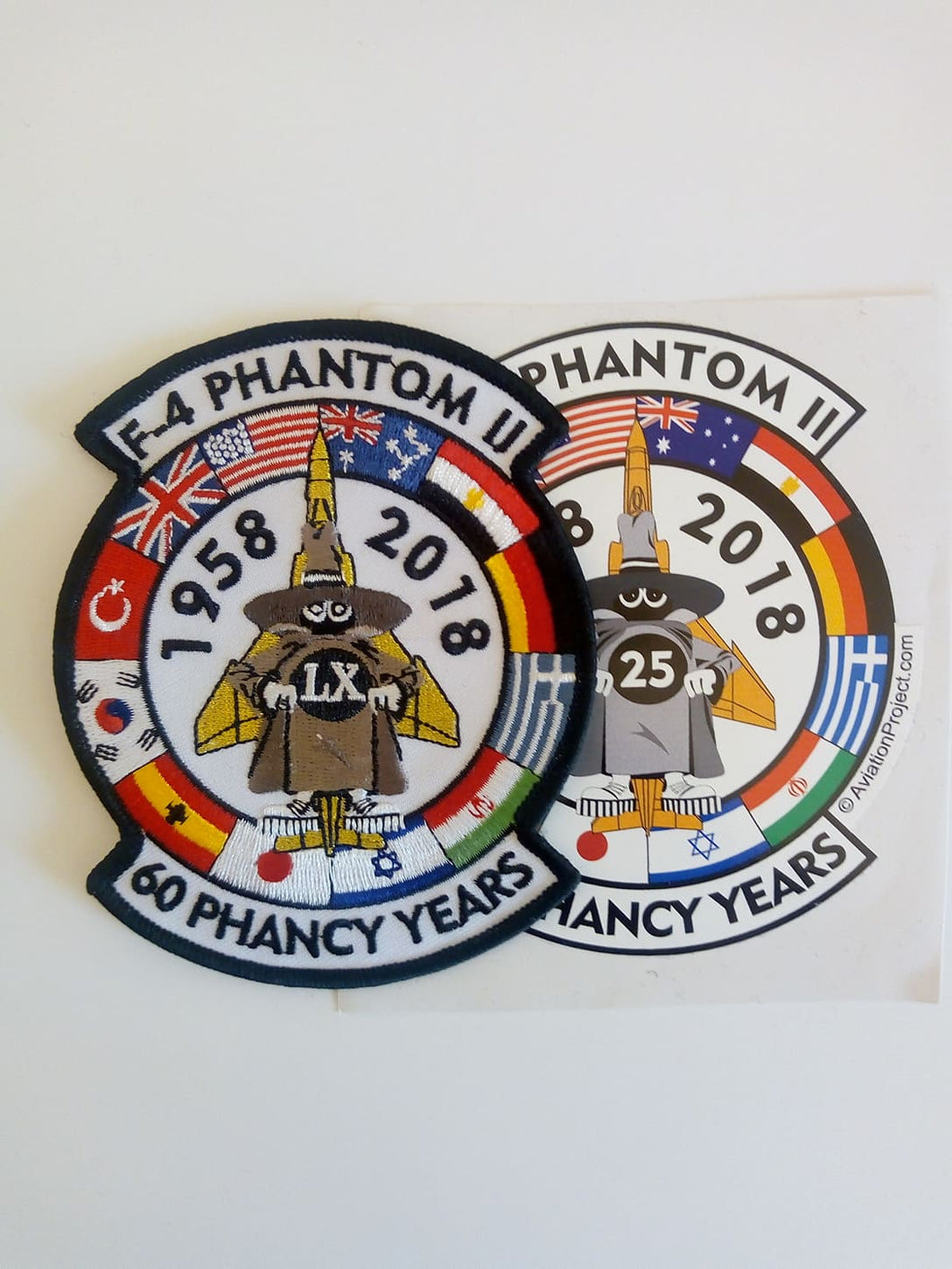 F-4 PHANTOM II 1958-2018 60 PHANCY YEARS + STICKER