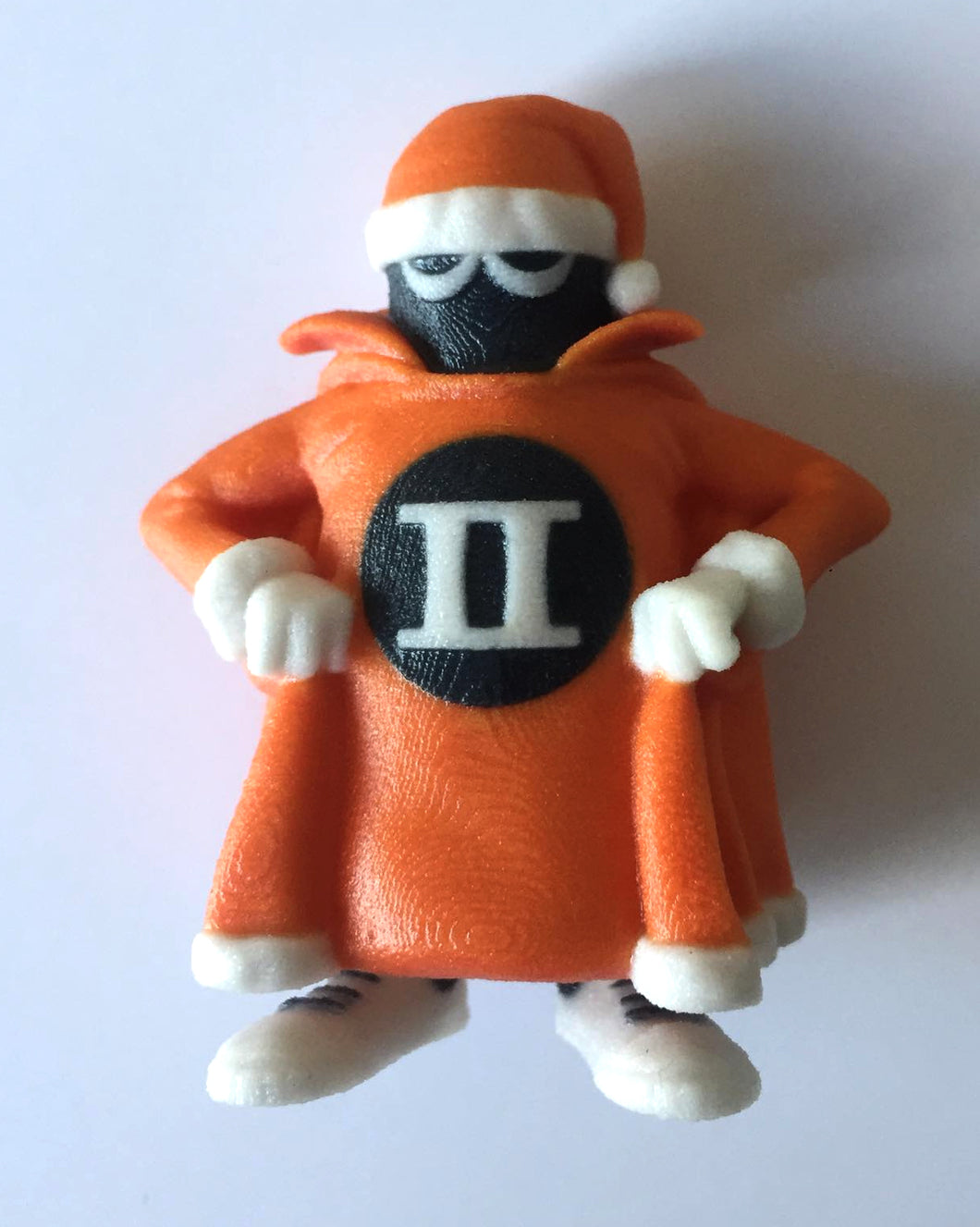 XMAS ORNAMENT SPOOK MASCOT 60mm 3D FULL COLOR SANDSTONE