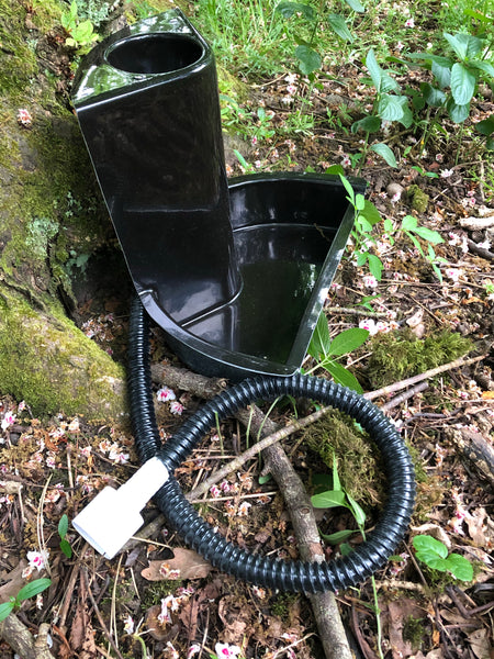 Compost toilet non stirring with urine piped/soak away