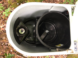 Compost toilet 12v self stirring with urine piped/soak away