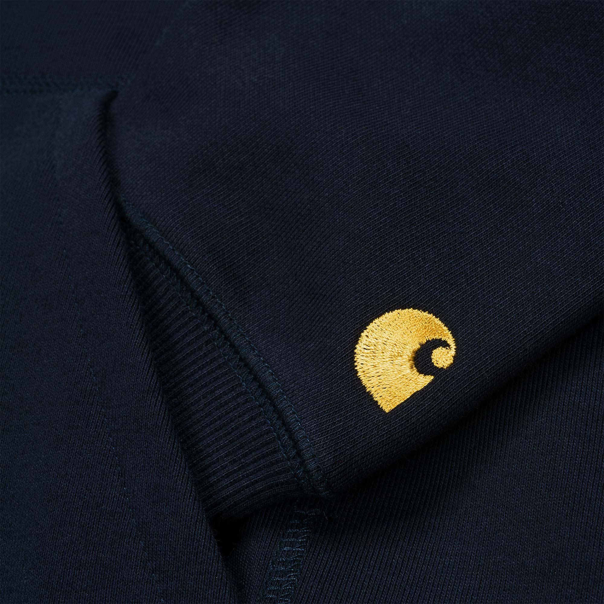 Carhartt WIP Hooded Chase Sweat - Dark Navy / Gold 3