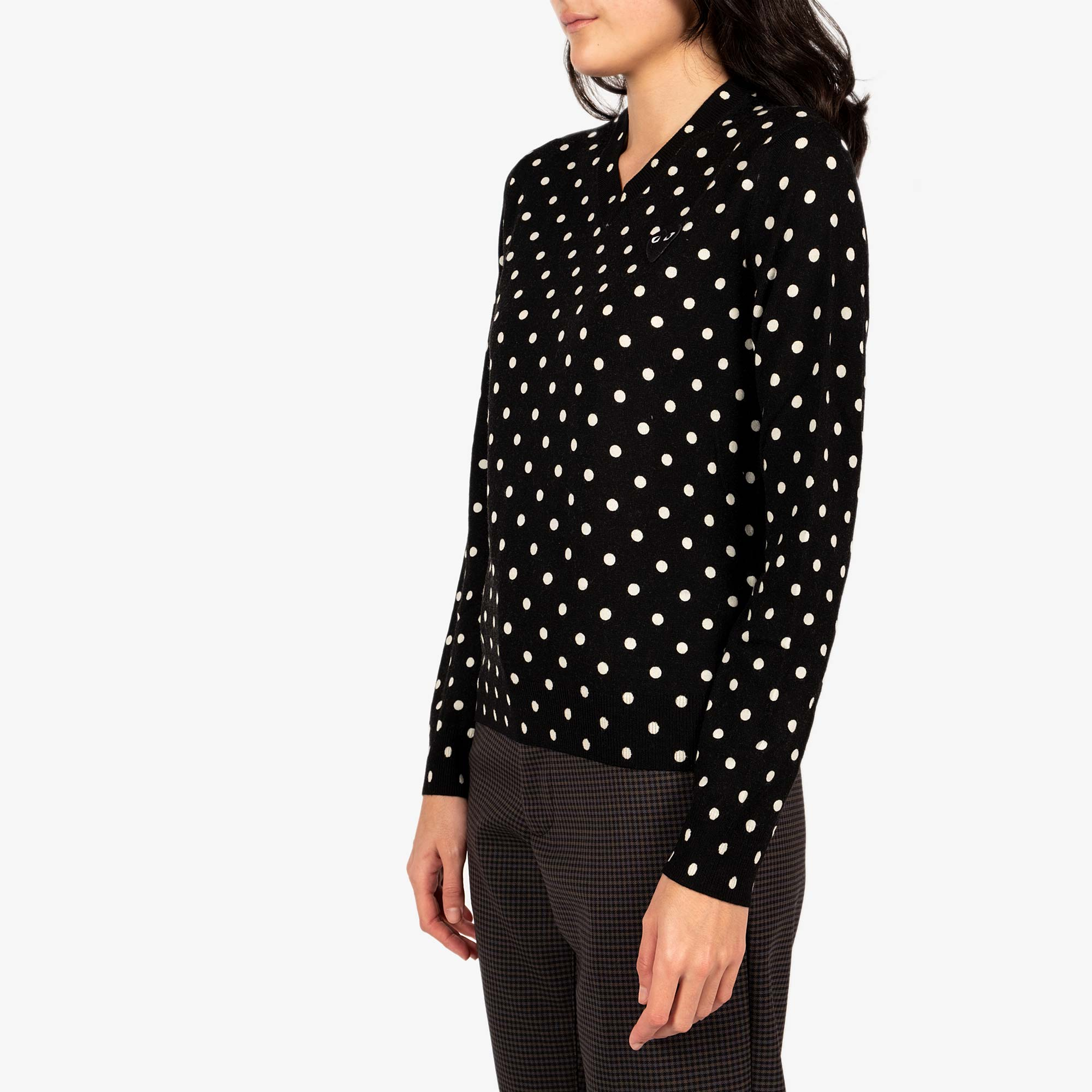 Comme des Garçons - PLAY Womens Black Emblem Polka Dot V-Neck Pullover - Black 3
