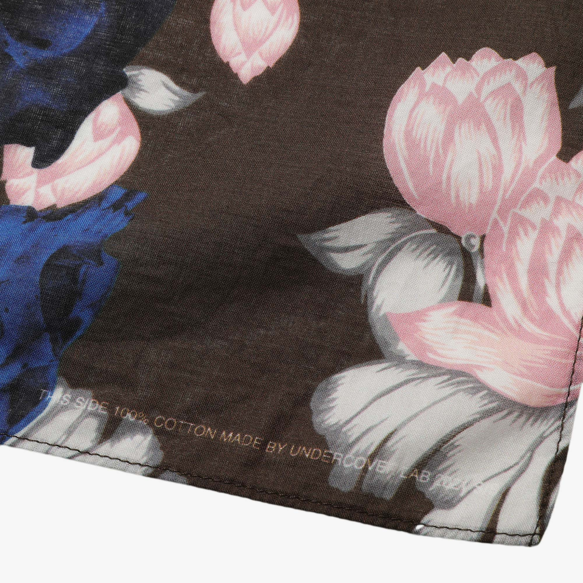 Undercover Roses Skull Pocket Square UC1A4M01-3 - Brown Base 2
