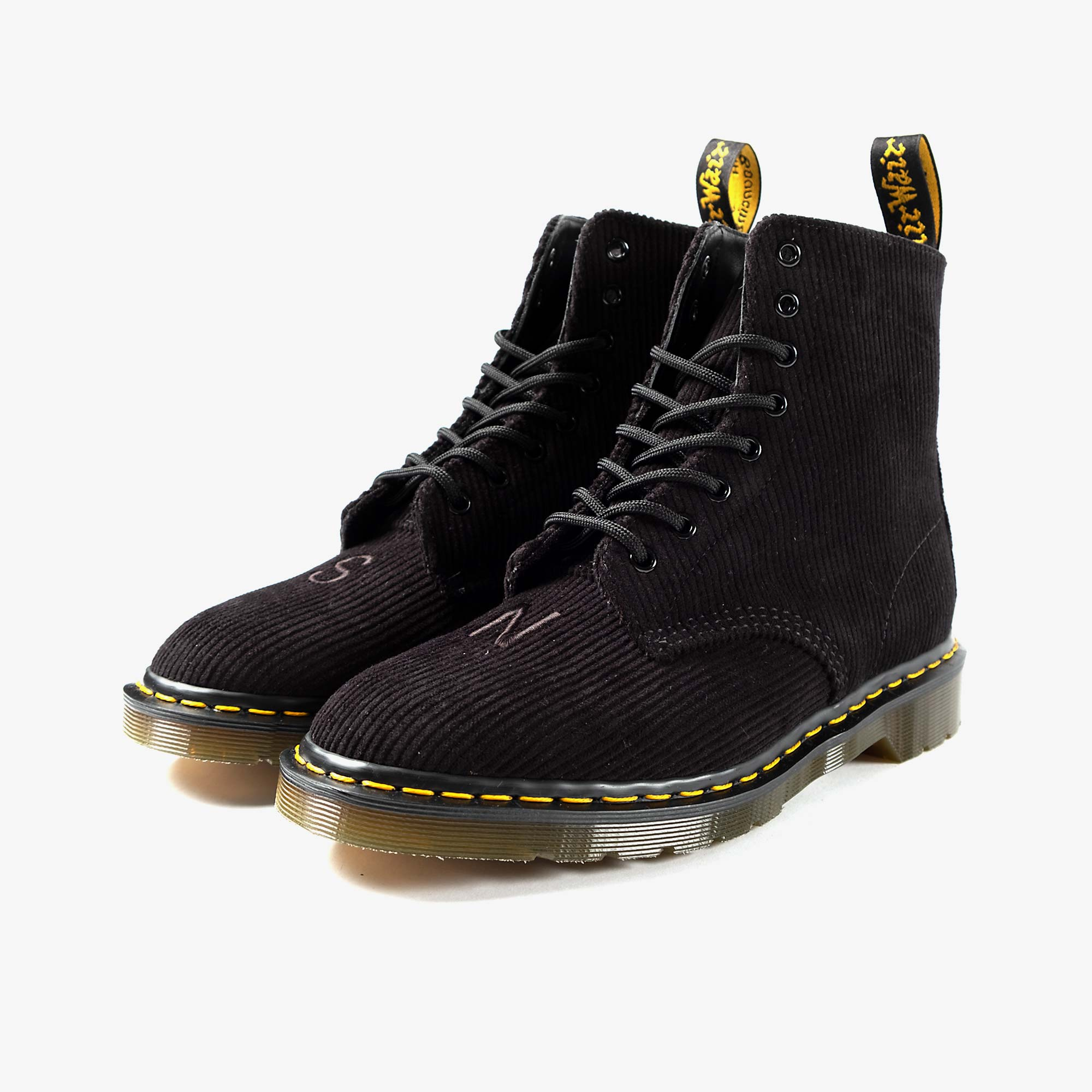 Undercover Undercover x Dr. Martens 1460 Corduroy - Black 2