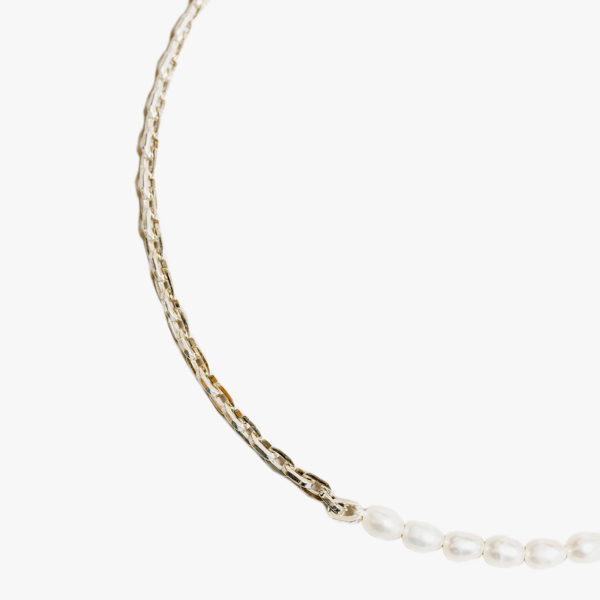 Wolf Circus Effy Necklace - Freshwater Pearl / Silver 3
