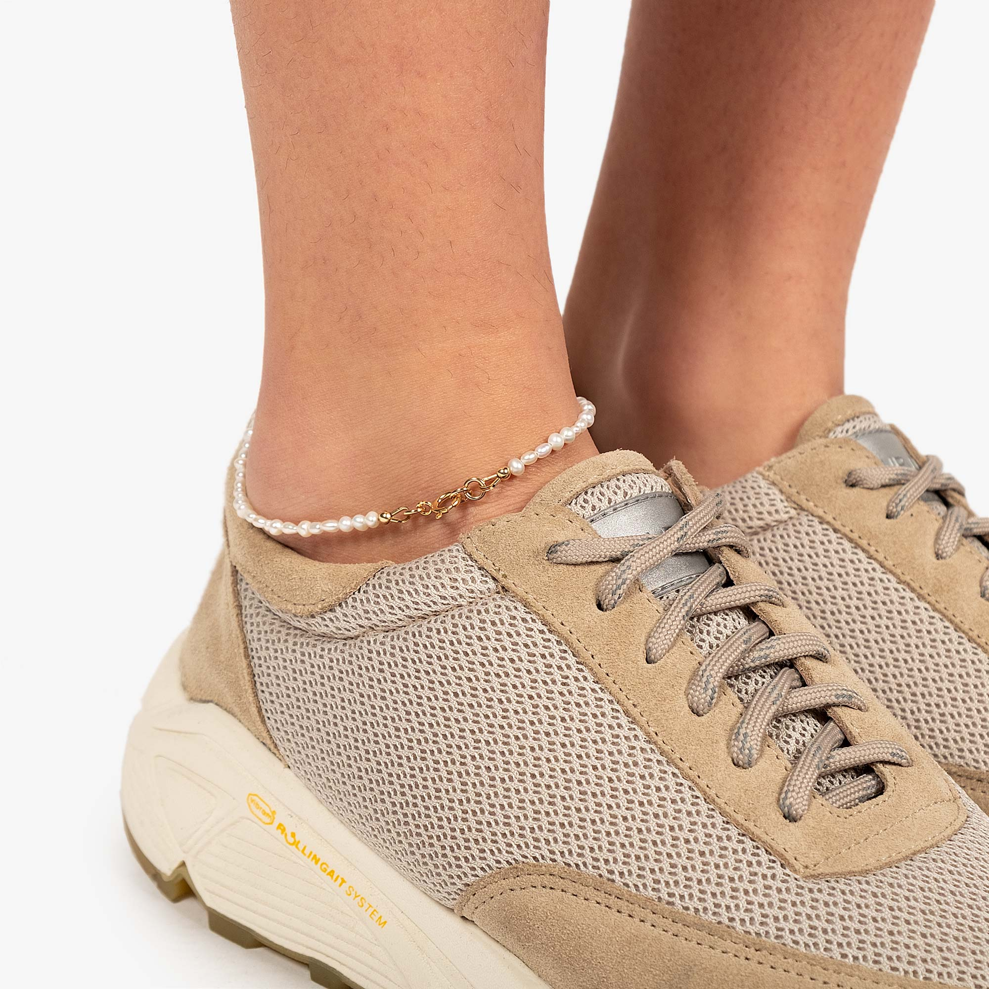 Wolf Circus Renata Anklet - Freshwater Pearl / Gold 3