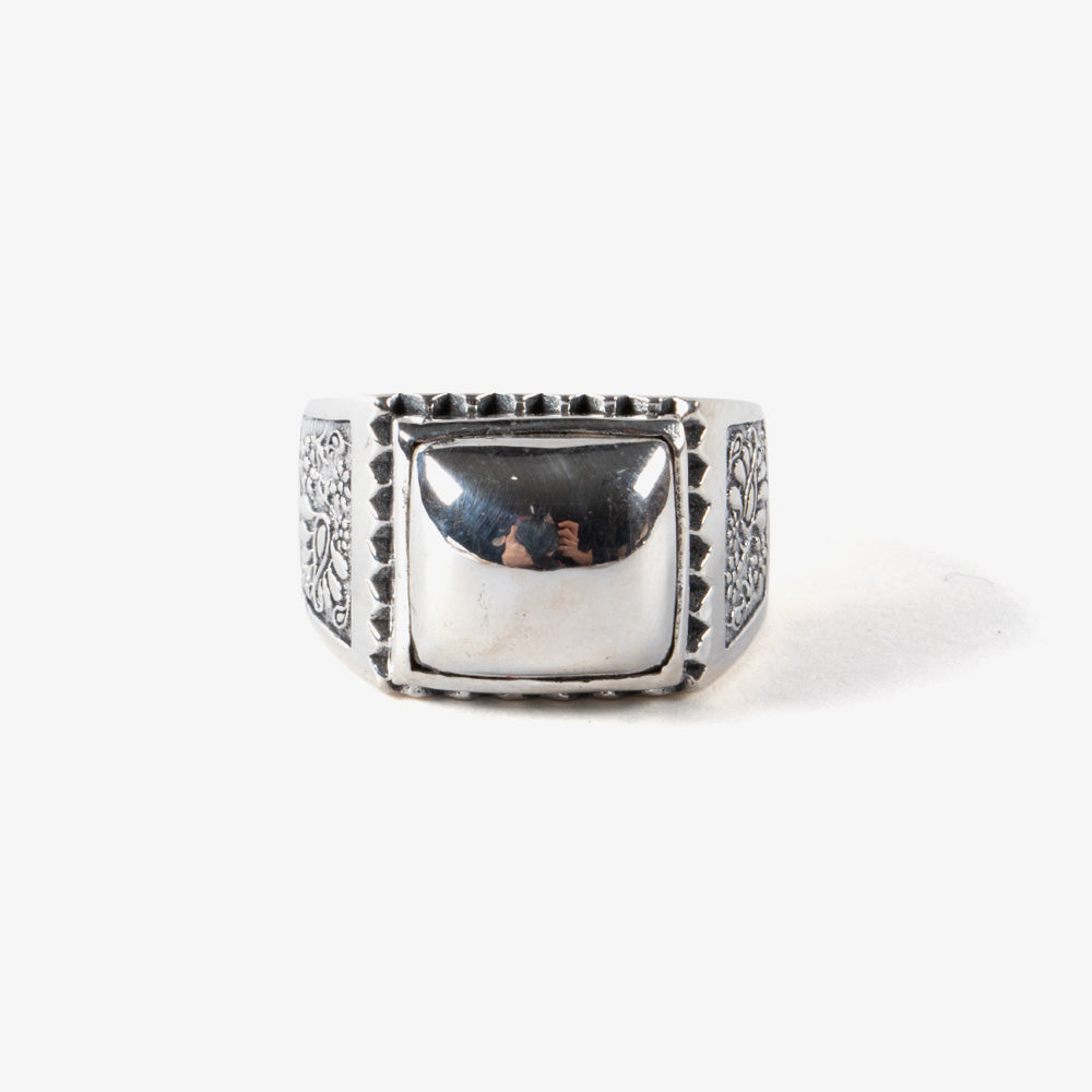 Maple Buick Ring - Silver 1