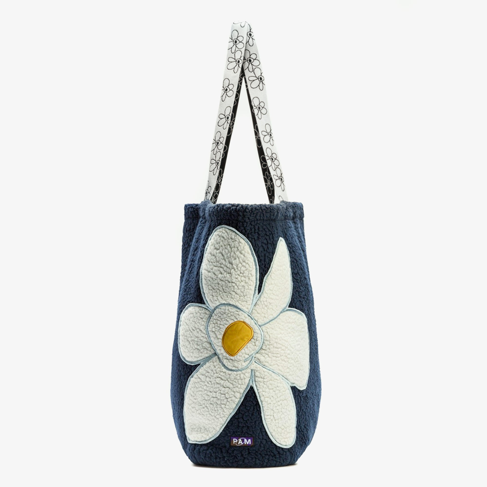 Perks and Mini (P.A.M.) Popping Gestures Recycled Shearling Tote Bag - Navy Fog 3