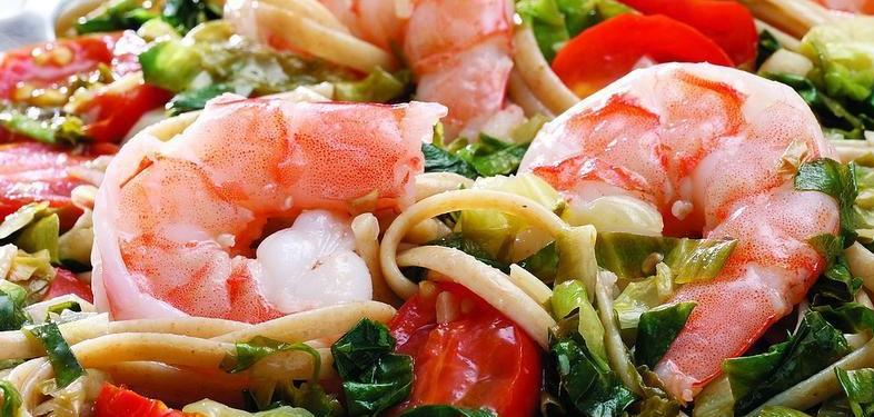 Recipe: Linguine With Escarole and Shrimp to Aid Digestion
