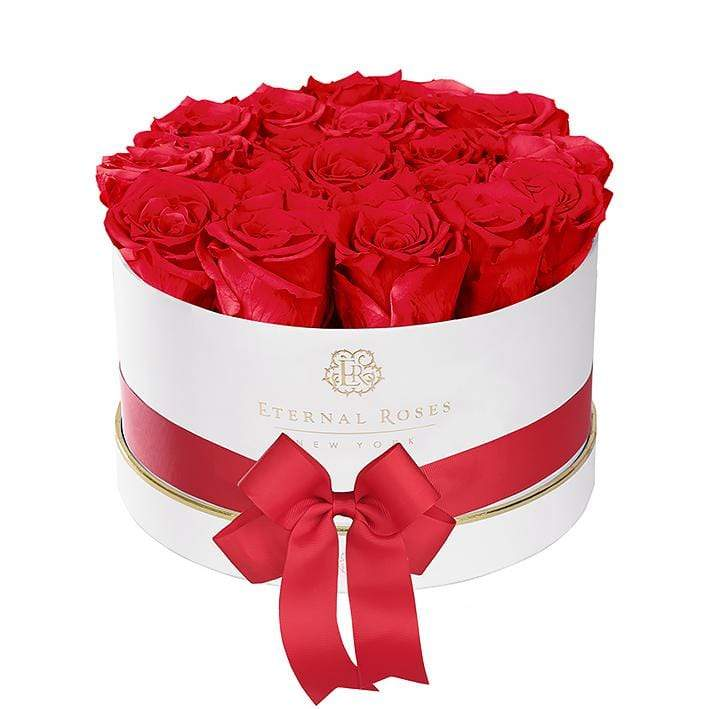 Eternal Roses® Empire White Gift Box in Scarlet Small