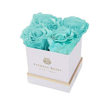 Eternal Roses® Gift Box White / Tiffany Blue Lennox Gift Box
