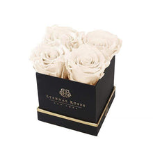 Eternal Roses® Gift Box Black / Pearl Lennox Gift Box