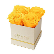 Eternal Roses® Gift Box Shimmery Gold / Friendship Yellow Lennox Gift Box