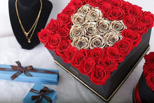 Eternal Roses® Lennox Grand Amore Gift Box