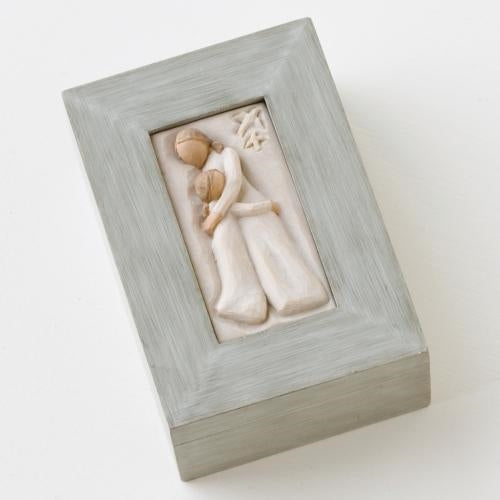 Mother and Daughter Memory Willow Tree® Box Sculpted by Susan Lordi