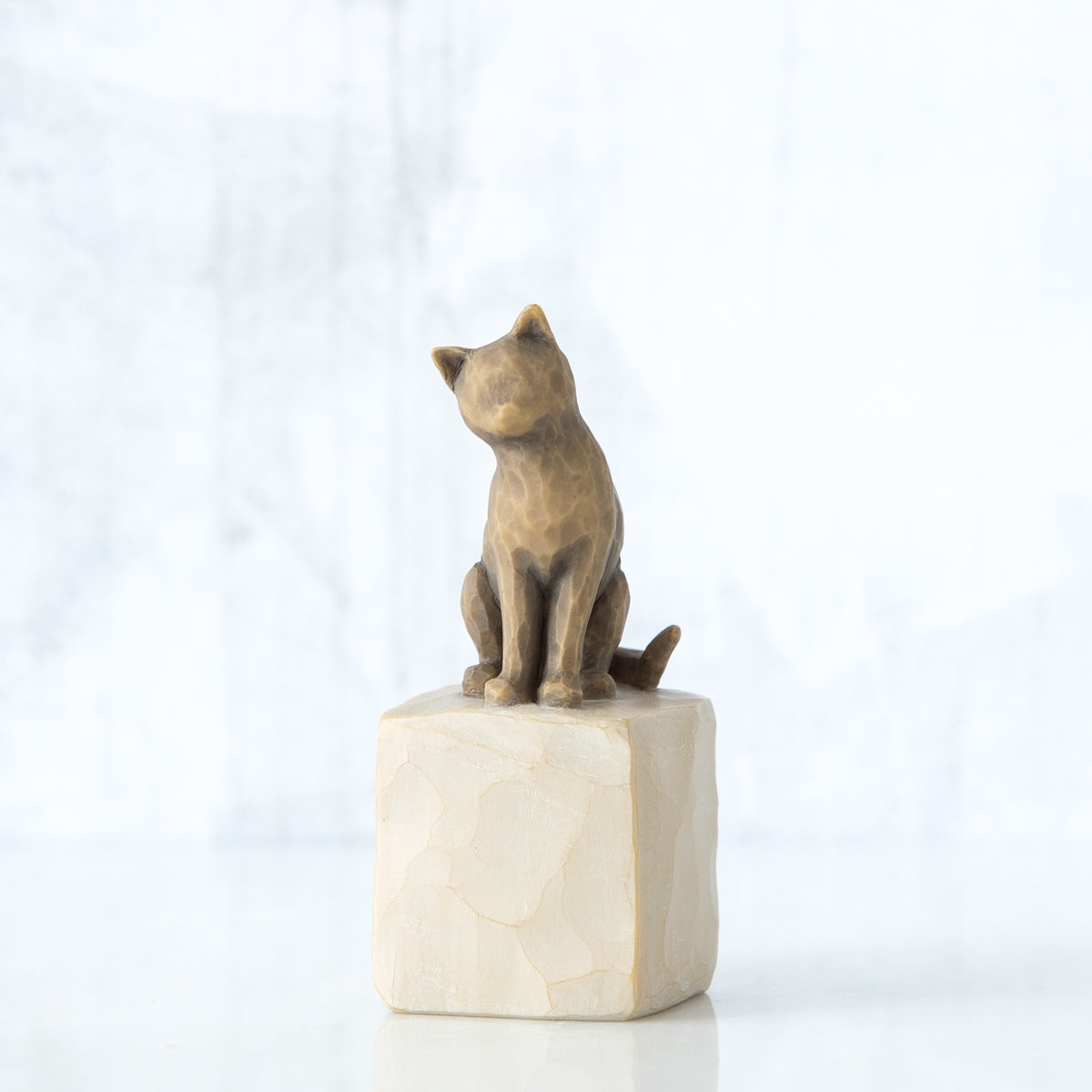 Love my Cat (dark) Willow Tree® Figure Sculpted by Susan Lordi