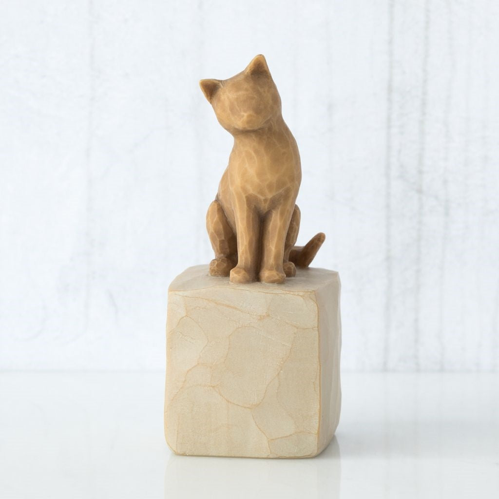 Love my Cat (light) Willow Tree® Figure Sculpted by Susan Lordi