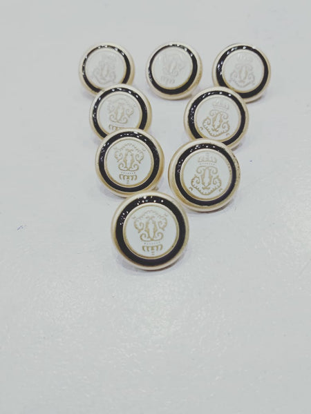 Fancy Buttons 8 pieces